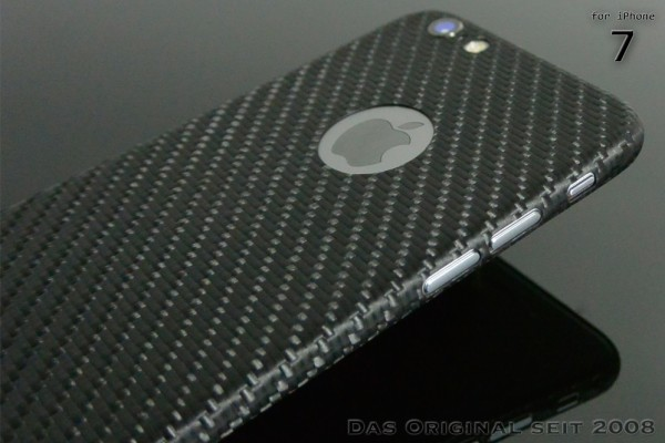 Carbon Cover iPhone 7 z Logo Window